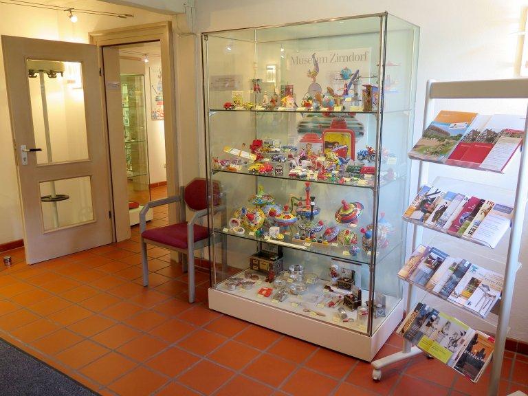Grossansicht in neuem Fenster: Der Museumsshop im Erdgeschoss II