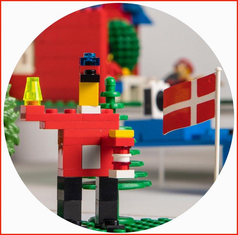 Grossansicht in neuem Fenster: Titelbild der Sonderausstellun - LEGO kleine Steine mit System