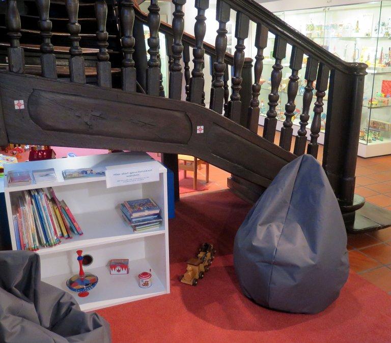 Grossansicht in neuem Fenster: Die neue Leseecke für Kinder im Museum