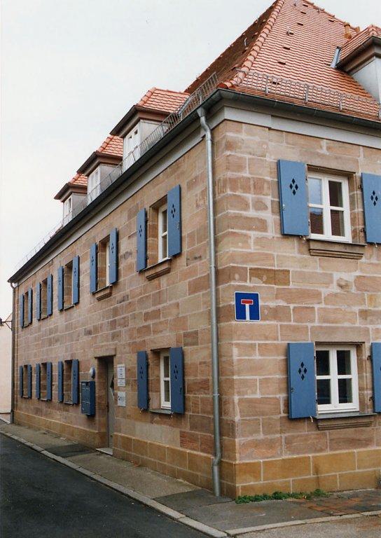 Grossansicht in neuem Fenster: Die ehemalige Zirndorfer Synagoge